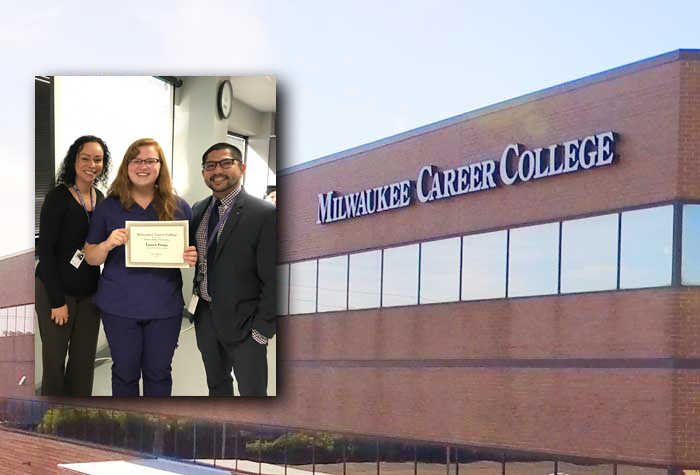 Laren Ponga accepting her scholarship award